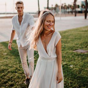 Vestido de novia en chifon crusado