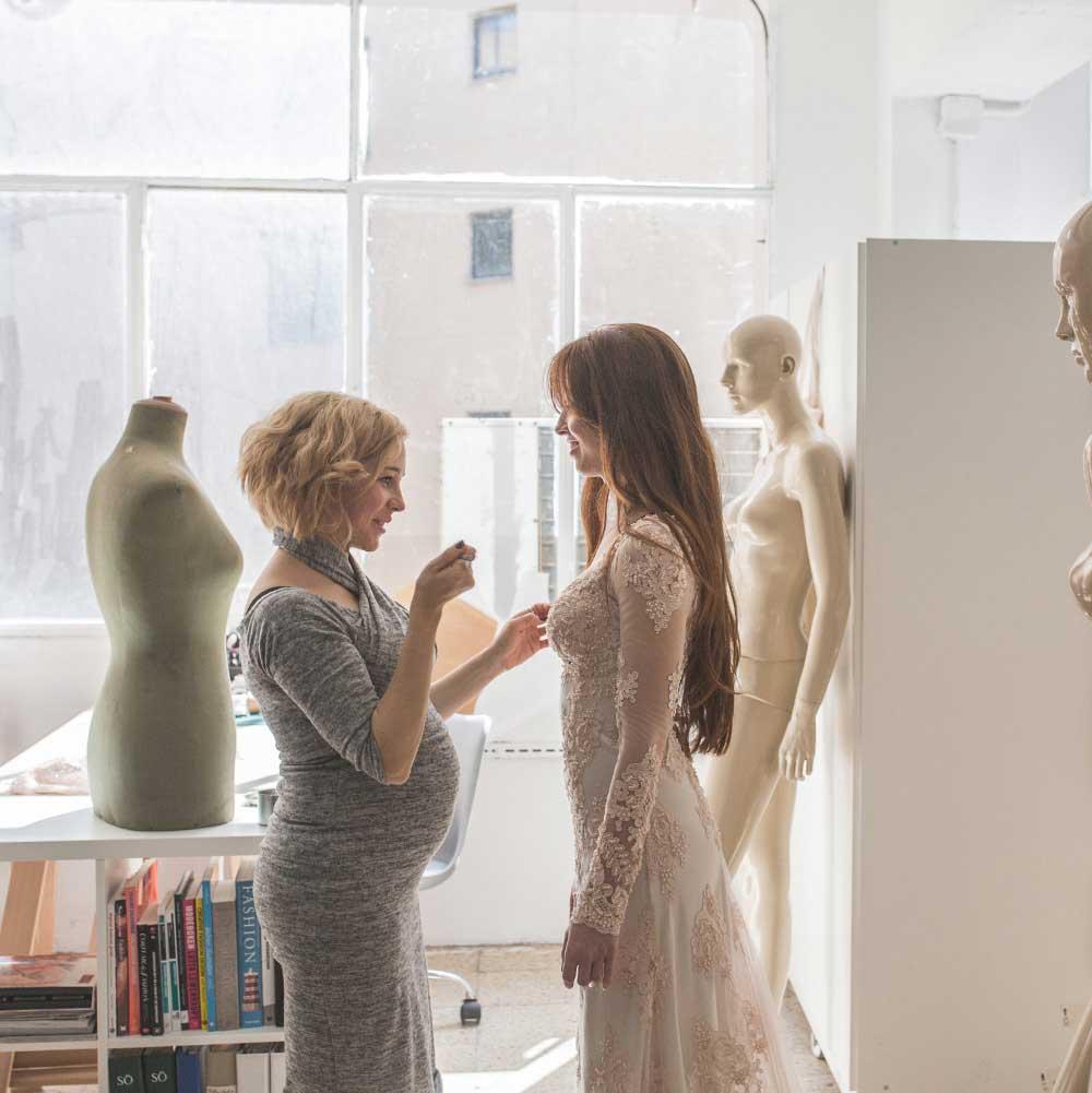 Atelier de vestidos de novias y fiesta en Barcelona